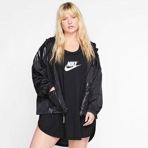 NWT Nike black sportswear windbreaker coat